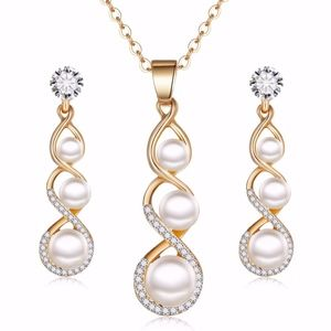 luxury necklace and earrings set